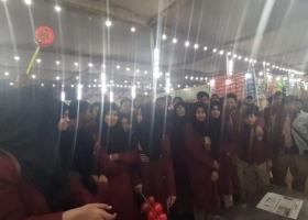 ayesha-tarin-school-2